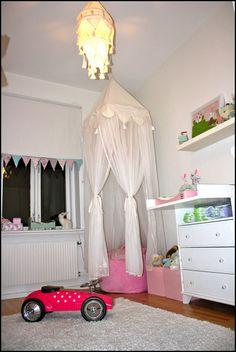 Emma L - kids room decor