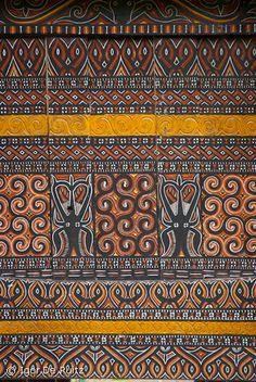 Details on a traditional house, Rantepao, Sulawesi. Minangkabau, Vernacular Architecture, Ethnic Patterns, Digital Strategy, Borneo, Visual Communication, Archipelago, Traditional House, Southeast Asia