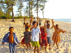 Kids from the Goa community in India spending their spare time on the beach -Volunteer with GoEco in the Teaching and Orphanage work in Goa, India - for more information visit http://www.goeco.org/project/265/Volunteer_in_India_Teaching_and_Orphanage_work_in_Goa#