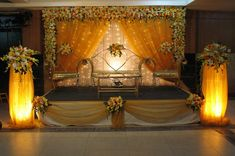 Indian wedding decorations create a standard of simple drapes and cliched floral arrangements. With steady innovative personalities of wedding decorators curating one of a kind and crisp patterns, Ind Trendy Wedding, Floral Wedding, Wedding Stage Decorations, Best Wedding Planner, Neoclassical, Mind Blown, Floral Arrangements, Rustic, Crisp