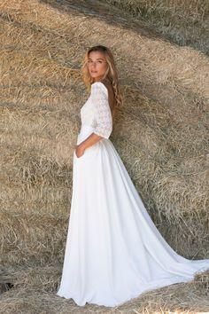Marie Laporte - robe Mike Marie Laporte, Girls Dresses, Flower Girl Dresses, Lace Dress, Wedding Dresses, Flowers, Fashion, Flowergirl Dress, Sleeved Wedding Dresses