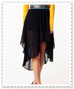falda negra con diferentes cortes asimetricos