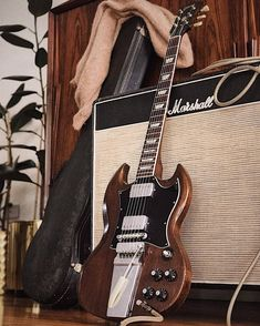 Sg Guitar, Music Guitar, Guitar Amp, Cool Guitar, Gibson Epiphone, Gibson Guitars, Music Love, Rock Music, Guitar Photos