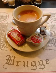Coffee in Brugge. yes please.