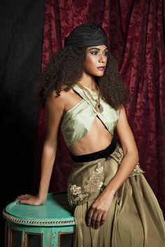 Isabella ~ Black silk shantung turban