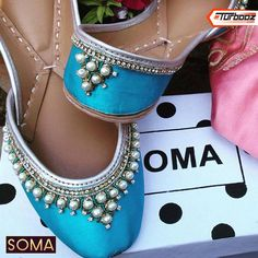 #soma #handpainted #khussa Dressy Flats, Indian Shoes, Blue Shoes, Fancy Shoes, Indian Wedding Outfits, Wedding Heels, Fashion Flats, Espadrilles, Shoes Sandals