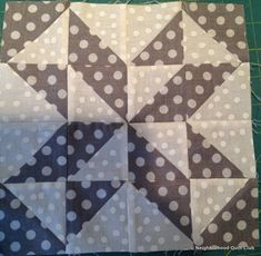 Neighborhood Quilt Club: Starting Point - Quilt Block Tutorial Pinwheel Quilt Pattern, Patchwork Quilt Patterns, Pattern Blocks, Quilting Patterns, Quilt In A Day, Half Square Triangles, Quilt Top, Baby Quilts, Quilt Blocks