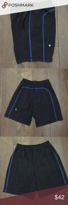 🍋Men's lululemon Pace Breaker Short w/blue trim🍋 Lightweight, breathable and sweat wicking men's training short with liner. Drawstring waist. Two side pockets. Excellent hardly worn condition. 💛🍋💛 lululemon athletica Shorts Athletic