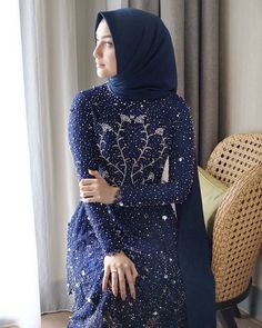 Kebaya Modern Hijab, Kebaya Hijab, Kebaya Dress, Kebaya Wedding, Pakistani Wedding Dresses, Wedding Hijab, Hijab Fashion Summer, Abaya Fashion, Dress Brukat