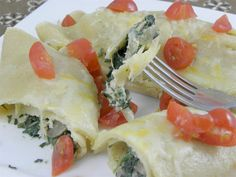 clean eating spinach, chicken & mushroom dinner crepes
