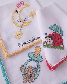 Günaydıınnn, mutlu sabahlar 🙋♀️🙋♀️ Cross Stitch Charts, Cross Stitch Designs, Alpha Patterns, Bargello, Diy And Crafts, Lily, Embroidery, Blanket, Crochet