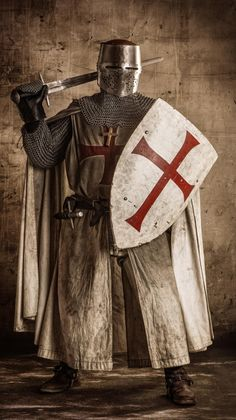 Medieval ~ Very old-fashioned or primitive; relating to Middle Ages Medieval Knight, Medieval Armor, Medieval Fantasy, Armadura Medieval, Crusader Knight, Knight Armor, Vikings, Landsknecht, Chivalry