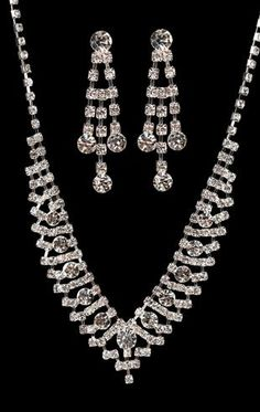 V-shape rhinestone jewelry set $6.60