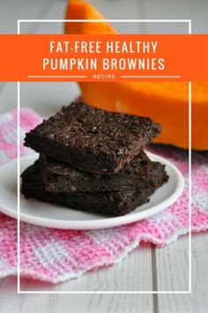 Fat-Free Healthy Pumpkin Brownies Recipe | This really is the fudgiest chocolate brownie recipe in the world. Better yet, it's entirely fat-free, vegan and made from one super healthy ingredient - pumpkin! These healthy brownies are so good you'll be making them all-year-round, not just during fall! Best Dessert Recipes, Fruit Recipes, Pumpkin Recipes, Easy Desserts, Real Food Recipes, Delicious Desserts, Snack Recipes, Healthy Recipes, Vegetarian Recipes