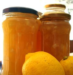MERMELADA DE LIMÓN Jam Recipes, Sweet Recipes, Dessert Recipes, Cooking Recipes, Healthy Recipes, Chutneys, Fruit Compote, Dominican Food, Homemade Shampoo