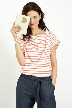 Coral stripe t-shirt with heart print in 100% organic Fairtrade certified cotton jersey. Length 65cm.