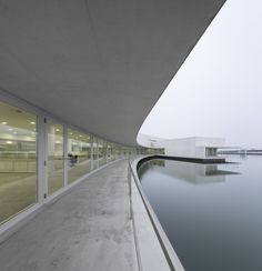 The Building on the Water / Álvaro Siza + Carlos Castanheira/ Huai'an, Jiangsu, China