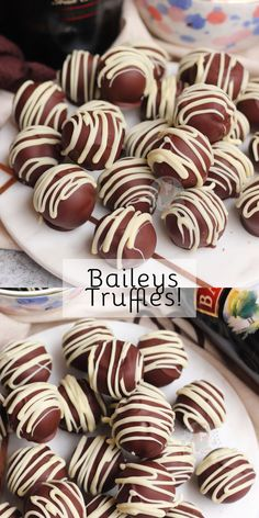 Easy and Delicious Baileys Truffles with Milk & Dark Chocolate and a drizzle! Pumpkin Truffles, Homemade Truffles, Homemade Candies, Homemade Chocolates, Fudge Recipes, Candy Recipes, Chocolate Recipes, Sweet Recipes, Easy Chocolate Truffles
