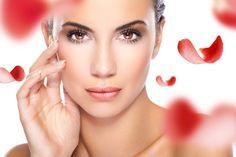 उम्र बढने के साथ हमारी त्वचा के कनेक्टिंग फाइबर-कोलेजन और एलस्टिन टूटने लगते हैं, जिसके चलते चेहरे पर बारीक रेखाएँ और झुर्रियाँ उभरने लगती हैं। हम यहाँ आपको बता रहे हैं 10 ऐसे टिप्स (top tips) जिन्हेँ अपनाकर आप चेहरे पर आने वाले उम्र के असर को पीछे धकेल सकते हैं (wrinkle free skin)।