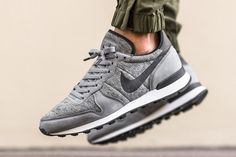 We first peeped the Nike Tech Fleece footwear collection a couple of months back, and now individual sneaks from the line are arriving in stores. Here we see a tight double drop of Nike Internationalists. Served in grey or black with white midsoles and black outsoles, these things are definitely #TeamCozy starters. Select Nike Sportswear …
