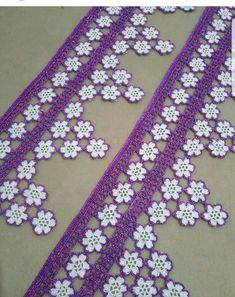 This Pin was discovered by Azr Crochet Boarders, Crochet Lace Edging, Crochet Motifs, Crochet Trim, Crochet Baby, Knit Crochet, Lace Patterns, Crochet Patterns, Lace Runner