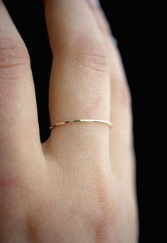 Delicate and small rings in your daily life Simple and delicate ring, ring design, popular rings on 2019 Leaf Engagement Ring, Silver Engagement Rings, Designer Engagement Rings, Engagement Rings For Women, Engagement Rings Minimalist, Minimalist Wedding Rings, Delicate Engagement Ring, Ring Designs, Small Rings