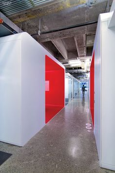 Media is the Message: IHeartMedia's Headquarters by A I and Beneville Studios