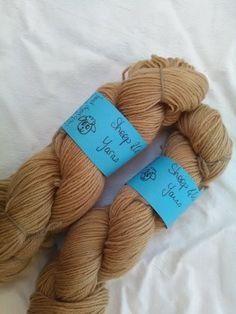 laines teintes main teinture végétale avoca sheep and co yarns marron nylon laine (2)