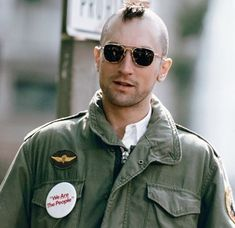 Robert De Niro photographed by Steve Schapiro on the set of Taxi Driver Martin Scorsese, Taxi Driver 1976, Inspirer Les Gens, Chauffeur De Taxi, Thriller, Tough Guy, Movie Photo, Cultura Pop, Military Fashion