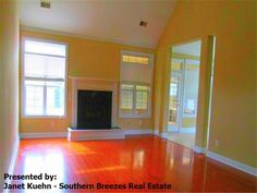 This Summerville SC Home For Sale is such a great deal! What are you waiting for? #SummervilleSCHomeForSale #JanetKuehn #SouthernBreezesRealEstate
