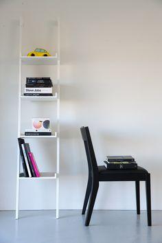 Libreria Wall 37 colore bianco. Interstil. Nordic Design.
