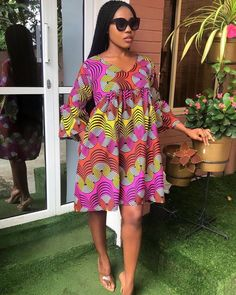 10 Elegant Ankara Styles For Ladies With The Swag. Here are the latest photos (Ankara Style) we have gathered for you and we know you will love them. Ankara Short Flare Gowns, Short African Dresses, Ankara Short Gown Styles, African Print Dresses, African Prints, African Blouses, African Fashion Ankara, African Print Fashion, African Attire