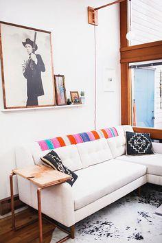 hieno valkoinen sohva