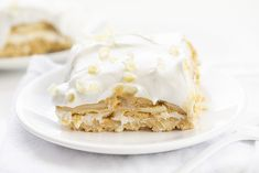 You're Gonna Love It Dessert is a no-bake dessert with layers of a vanilla cookie crust, cream cheese, more cookies, cinnamon pudding, and cool whip. Oreo Dessert Recipes, Brownie Desserts, Cold Desserts, Pudding Desserts, Dessert Bars, No Bake Desserts, Easy Desserts, Cookie Recipes, Delicious Desserts