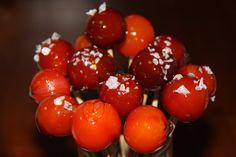 Chupachups de tomates cherry