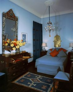 From the archive Barbara Hutton's house in Tangier - Top Trends Moroccan Design, Moroccan Style, Japanese Screen, Mirror House, French Windows, Space Interiors, Vintage Room, Blue Rooms, Petite Fille