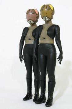 大怪獣シリーズ ウルトラセブン編 「変身怪人 ピット星人」 X-PLUS, http://www.amazon.co.jp/dp/B003WJF8GW/ref=cm_sw_r_pi_dp_boGrtb00ZFPPC