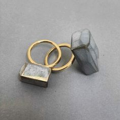 Statement rings by Noy Alon Jewelry Art, Jewelry Rings, Jewelry Accessories, Jewelry Design, Fashion Jewelry, Bling Bling, Contemporary Jewellery, Gold, Stud Earrings