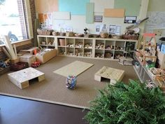 This is my current favorite as far as block centers go. I love the amount of some children have to build the protected spaces using raised platforms and a plethora of building materials to promote creativity design concepts problem-solving etc. Reggio Emilia Classroom, Reggio Inspired Classrooms, Reggio Classroom, New Classroom, Classroom Setting, Classroom Design, Kindergarten Classroom, Classroom Decor, Montessori Classroom Layout