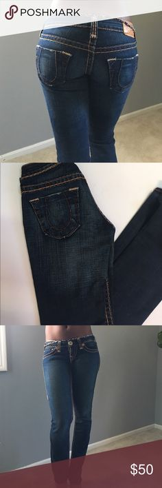 True religion jeans 24 inch waist, 33inch inseam, 99% cotton, skinny/bootcut. Very low rise True Religion Jeans