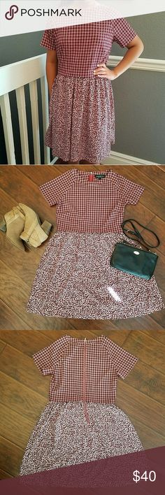 Topshop Maroon Patterned Dress Topshop Maroon Patterned Dress   Excellent condition Size US 4 Contrasting patterned top and bottom Zipper back closure Topshop Dresses Midi