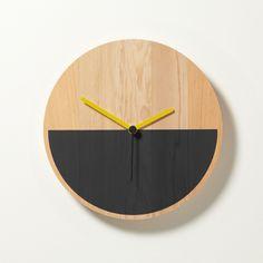 Primary Clock / David Weatherhead  GOODD