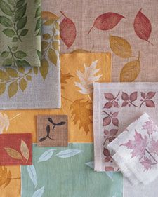Leaf-Printed Linens / Sábanas con hojas impresas