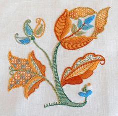 Crewel Embroidery Kit - AUTUMN GOLD