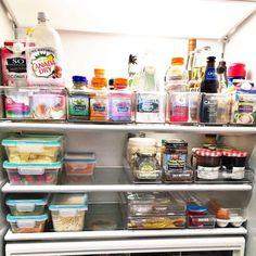 how to organize refrigerator liquids in baskets in fridge Mehr