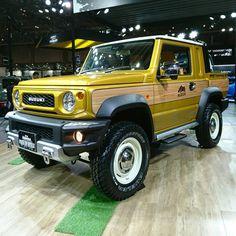 "ken inoue on Instagram: ""スズキジムニーシエラJB74ピックアップカスタム #オートサロン #オートサロン2019 #スズキ #ジムニー #スズキジムニー #ジムニーカスタム #jimny #JB64 #JB74 #新型ジムニー"" Weird Cars, Cool Cars, Jimny Suzuki, Pickup Camper, Jeep Suv, 4x4 Off Road, Yellow Car, Japanese Cars, Ford Trucks"