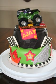 monster truck cake By abberasher on CakeCentral.com