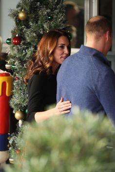 Prince William and Kate Middleton host Christmas party for military families - all the photos William Kate, Prince William And Catherine, Prins William, Duke And Duchess, Duchess Of Cambridge, Principe William Y Kate, Kate Middleton Prince William, Elisabeth Ii, British Royal Families