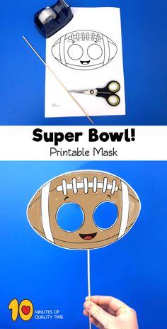 Football Paper Mask for Kids Fußballpapiermaske für Kinder Football Crafts Kids, Football Themes, Daycare Crafts, Preschool Crafts, Kindergarten Activities, Activities For Kids, Projects For Kids, Crafts For Kids, Sports Theme Classroom