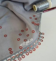 Crochet Patterns Amigurumi, Baby Knitting Patterns, Crochet Stitches, Embroidery Scarf, Lala Berlin, Craft Work, Baby Booties, Crochet Lace, Tatting